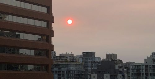 US wildfire smoke prompts hazy skies, red sun in Vancouver (PHOTOS) | News