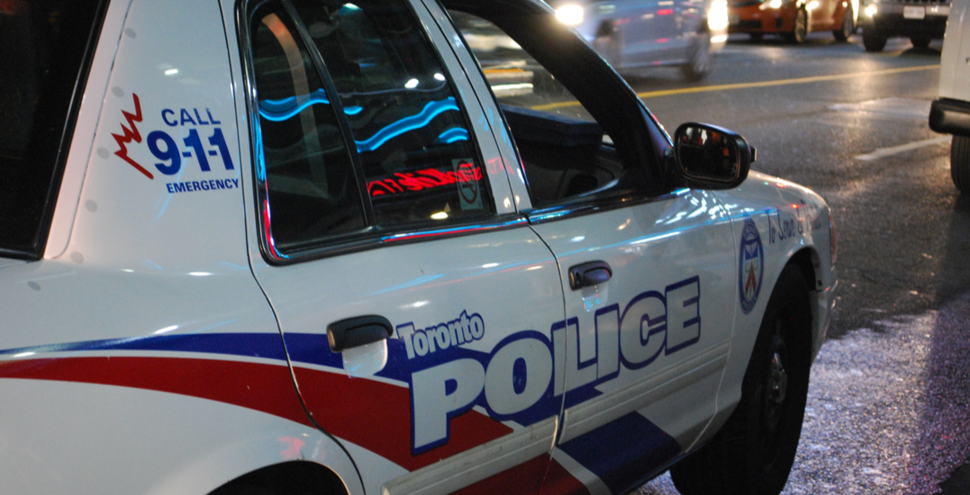 Man arrested for allegedly slashing two Toronto Police officers with a knife