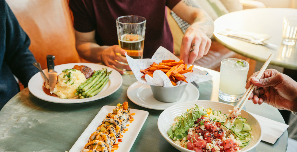 7 daily food and cocktail deals you can now get at Earls