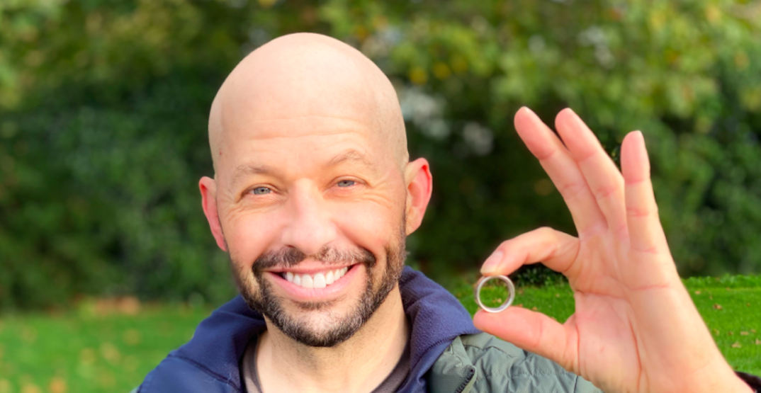 Jon Cryer loses, then finds wedding ring on Vancouver seawall