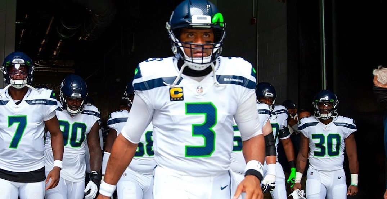 Seahawks game moves to Sunday night after Raiders coronavirus scare