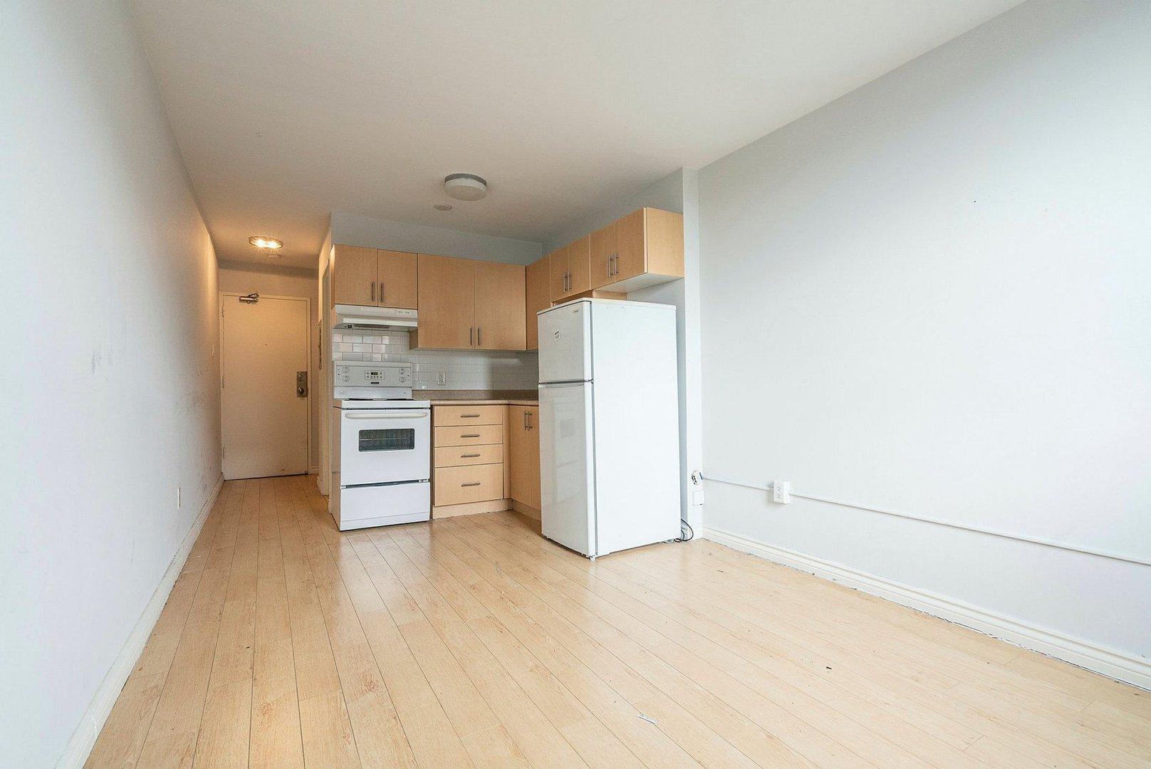 Toronto free rent