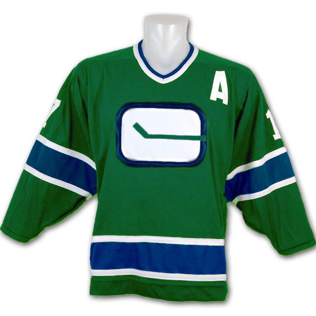 canucks-reverse-retro-jersey