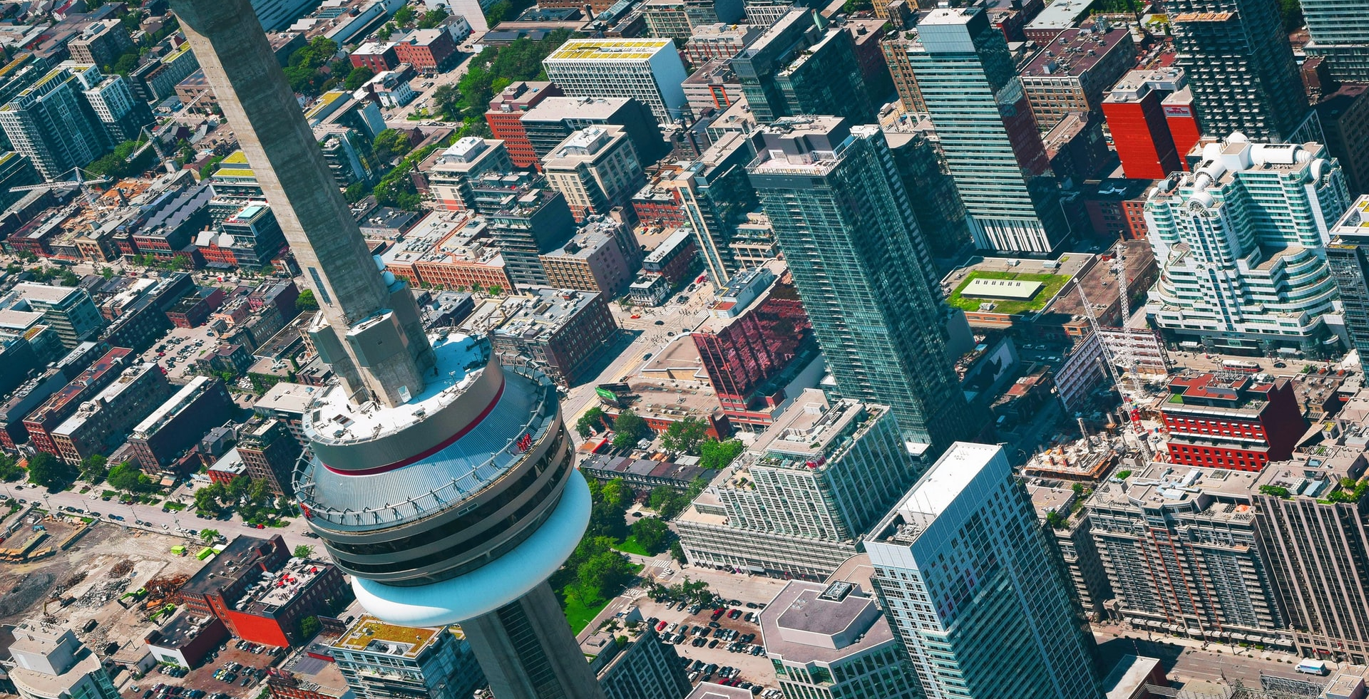 New platform helps young investors crack Toronto's real estate market