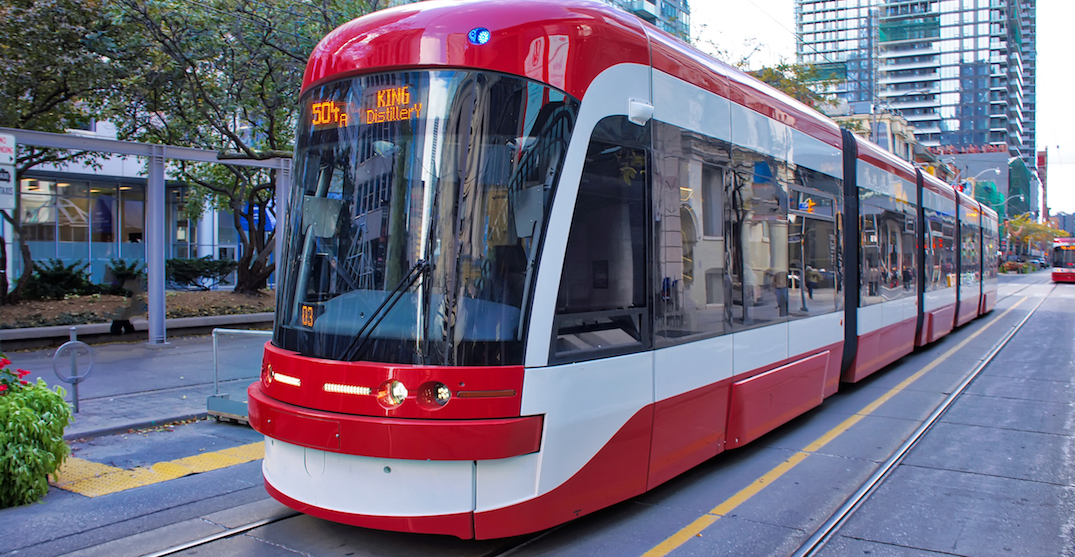Man charged after allegedly pointing gun on Toronto streetcar