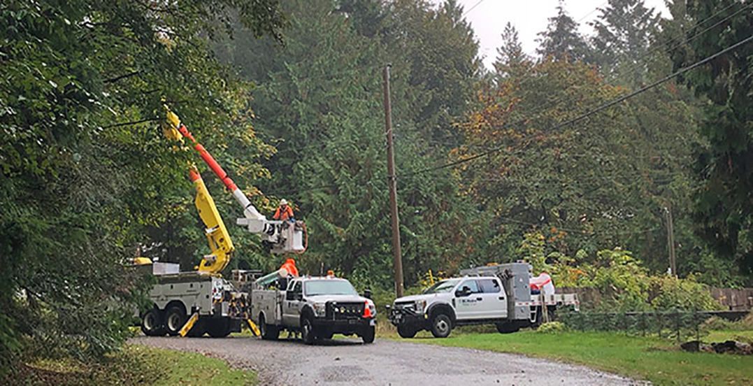 Windstorm causes power outage for thousands in Lower Mainland