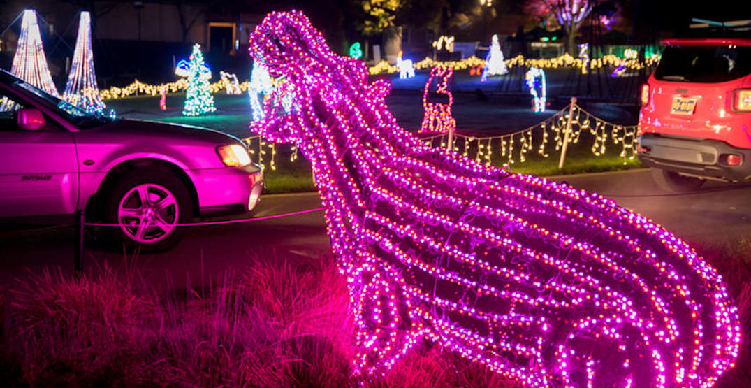 Oregon Zoo's holiday light display running as drive-thru event this year