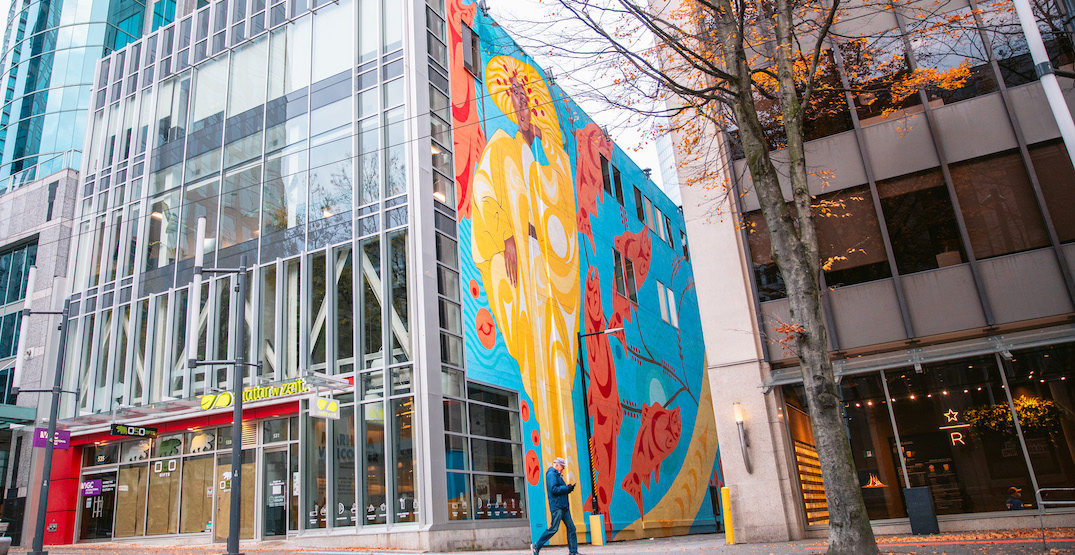 Downtown Vancouver laneway painted with colourful First Nations mural (PHOTOS)