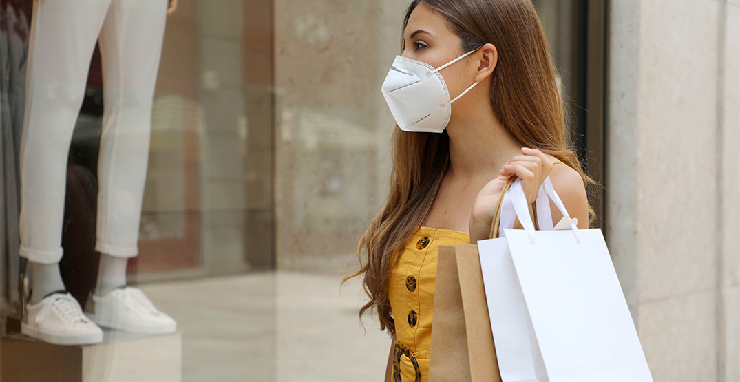 Dr. Bonnie Henry reminds Black Friday shoppers to wear a mask