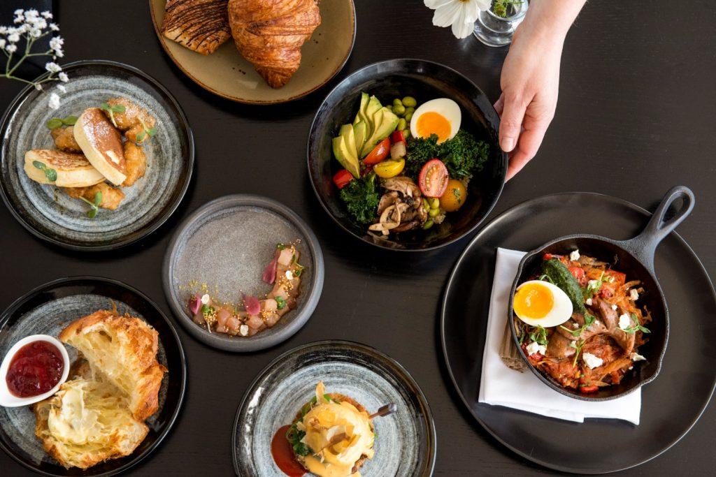 Aura Restaurant Brunch Table