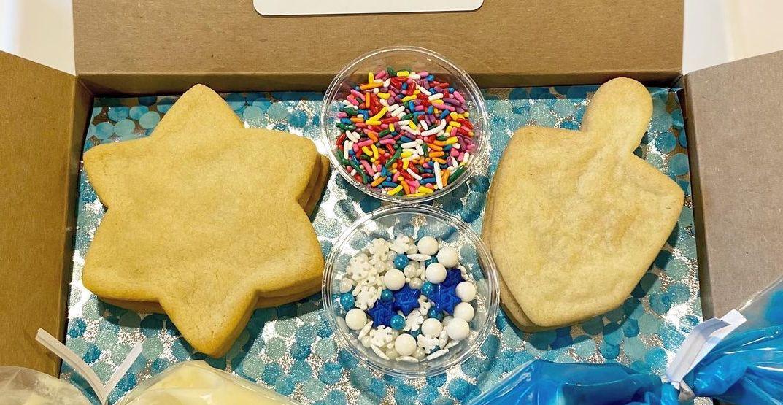 Seattle's favorite Jewish deli is offering a festive Hanukkah cookie kit