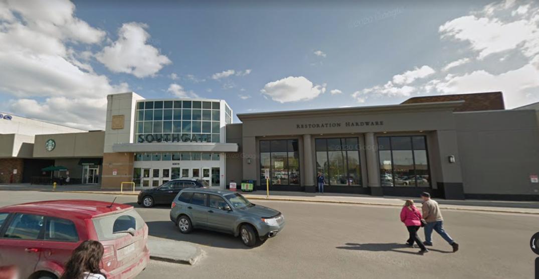 Two hijab-wearing women assaulted in Edmonton parking lot