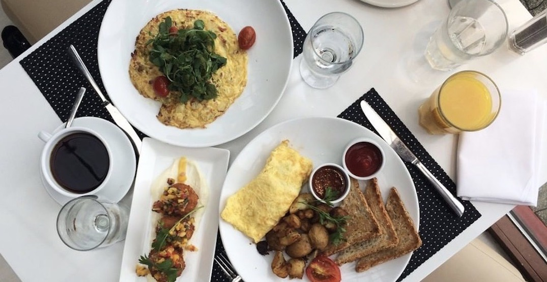Dockside Restaurant is offering Bottomless Christmas Brunch