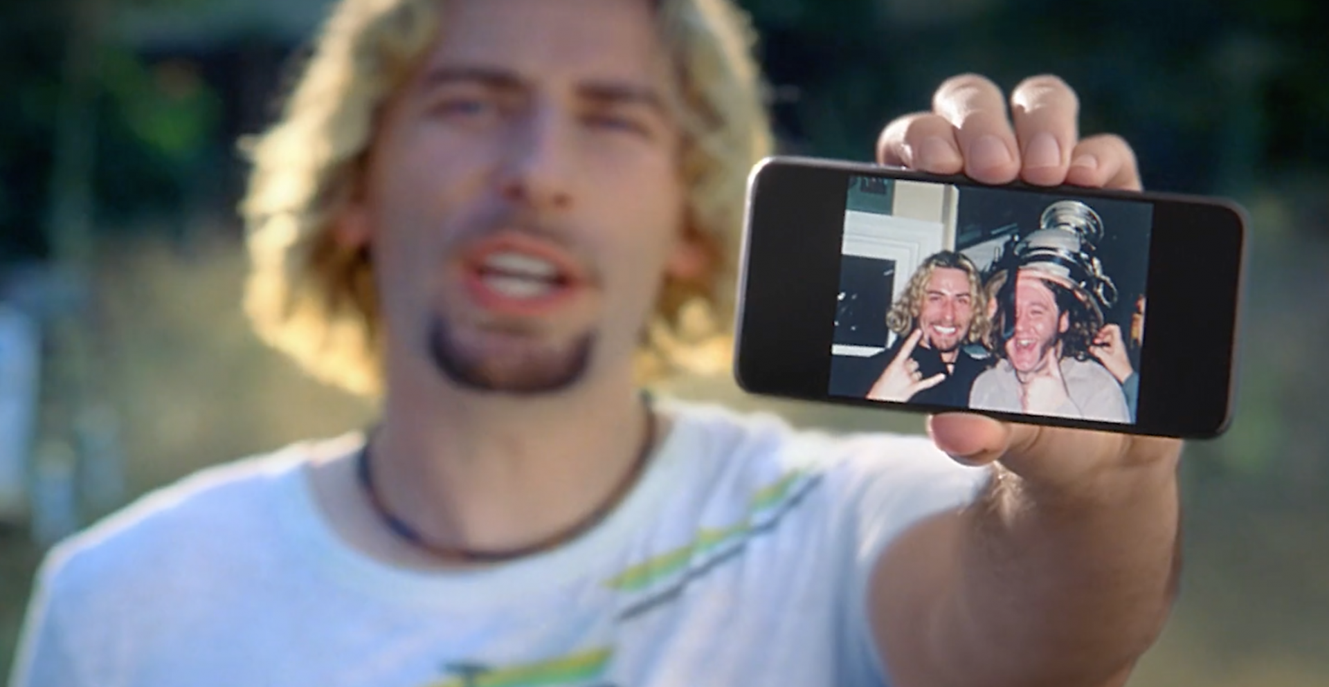 "Nickleback re-makes iconic ""Photograph"" video for Google Photos ad"