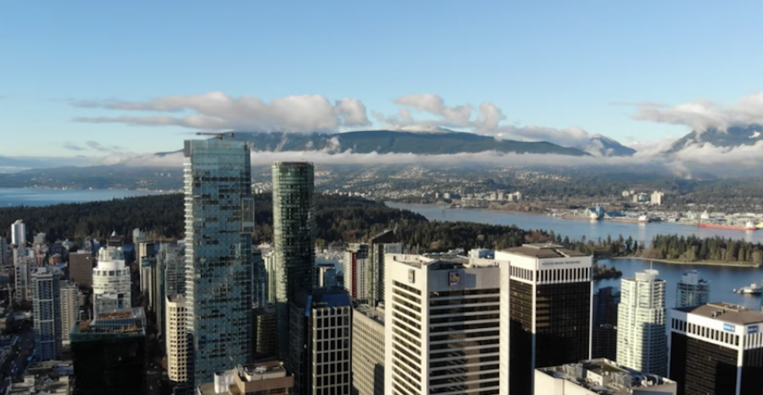 Drone captures stunning aerial view of downtown Vancouver (VIDEO)