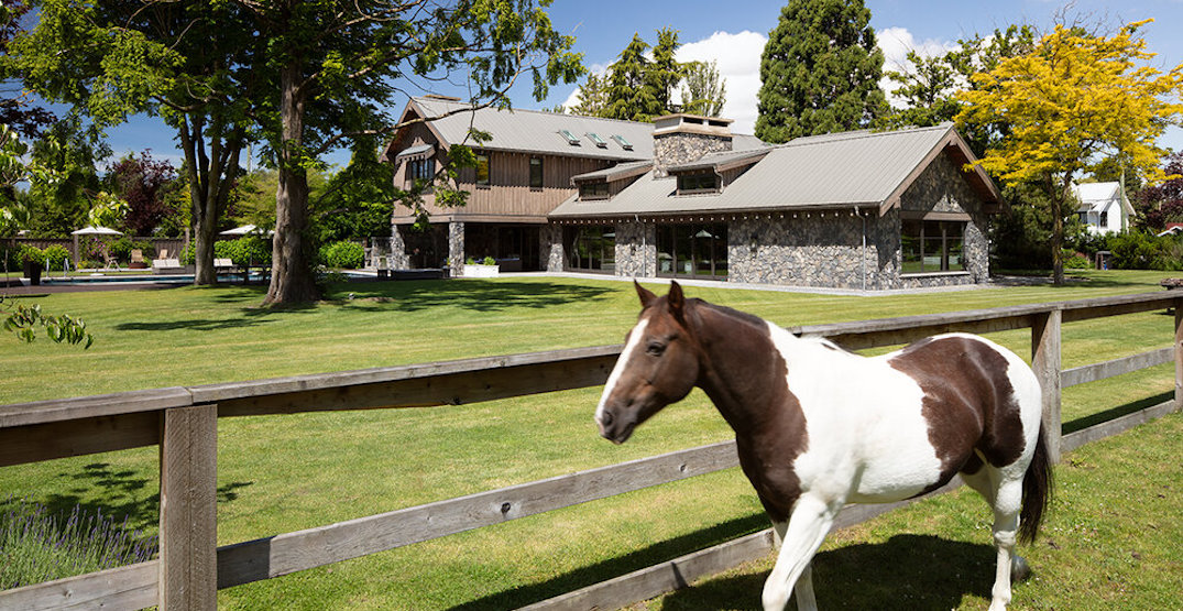 A look inside: $19 million Vancouver mansion with equestrian field (PHOTOS)