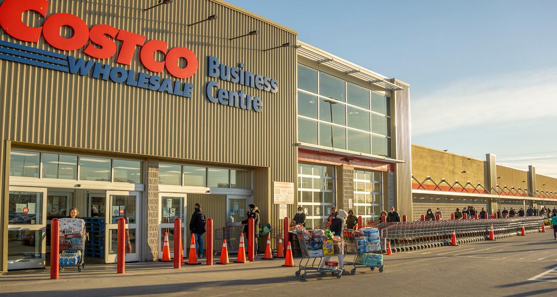 Ontario launching big-box store inspection blitz in COVID-19 hotspots