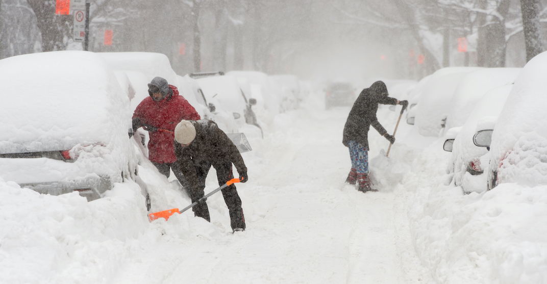 Snowfall, smog warnings issued as Montreal forecasted for up to 20 cm