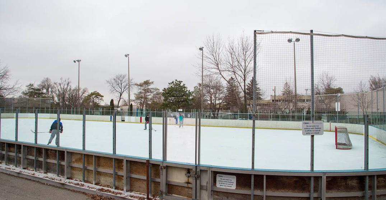 Vaughan closes skating rinks, toboggan hill due to Stay at Home order