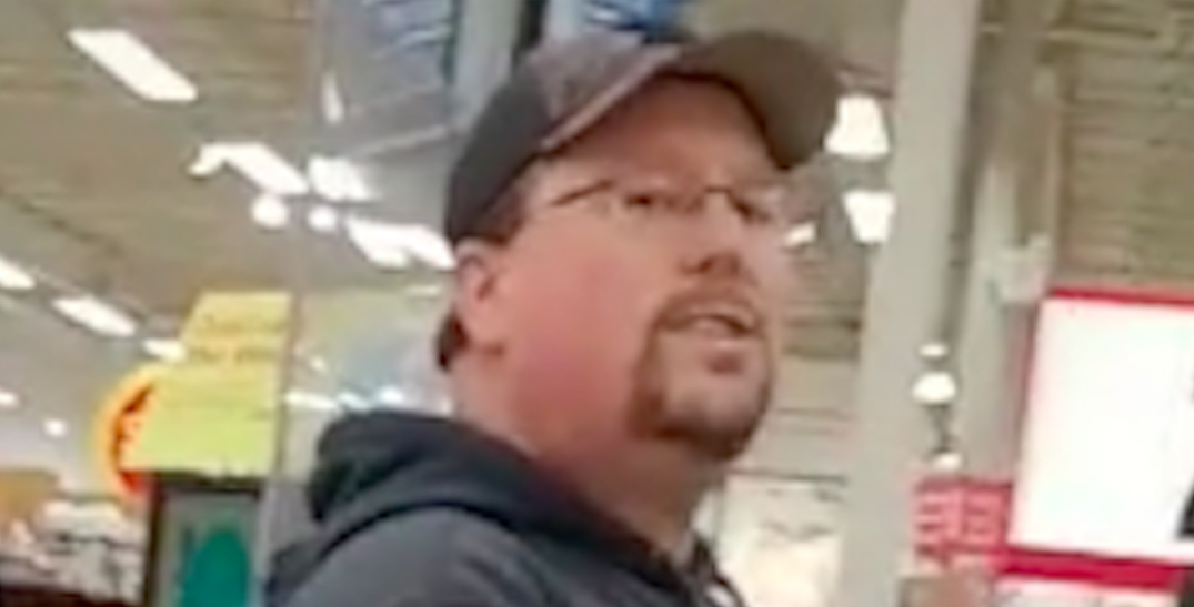 """""""I was terrified"""": Bystander stands up to anti-masker harassing BC healthcare worker (VIDEO)"""