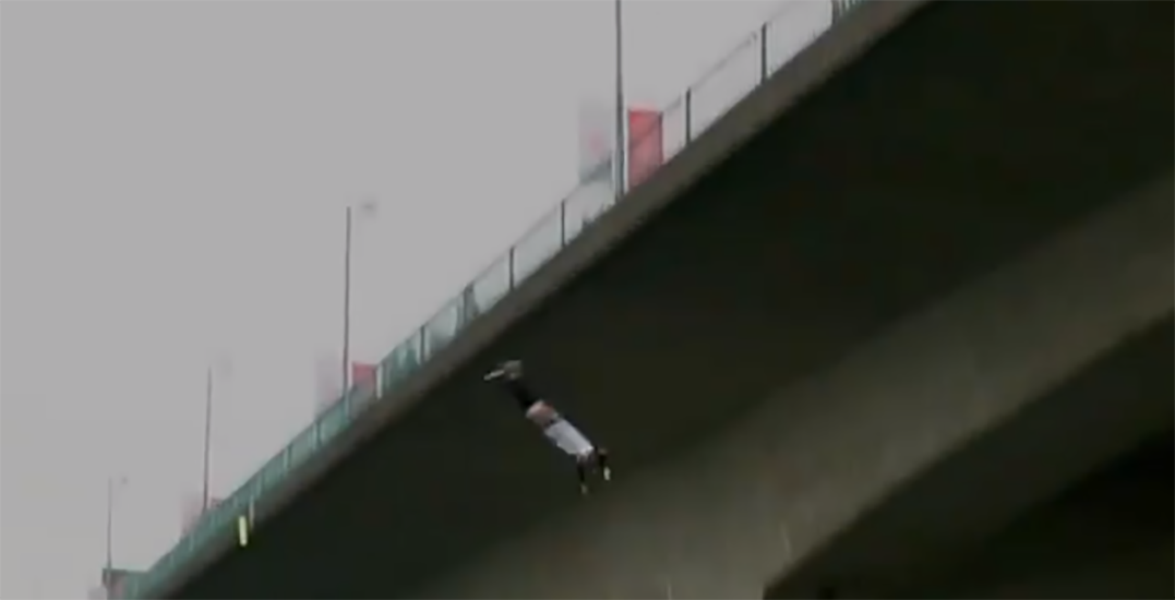 """Vancouver police denounce """"extremely dangerous"""" backflip off Cambie Bridge (VIDEO)"""