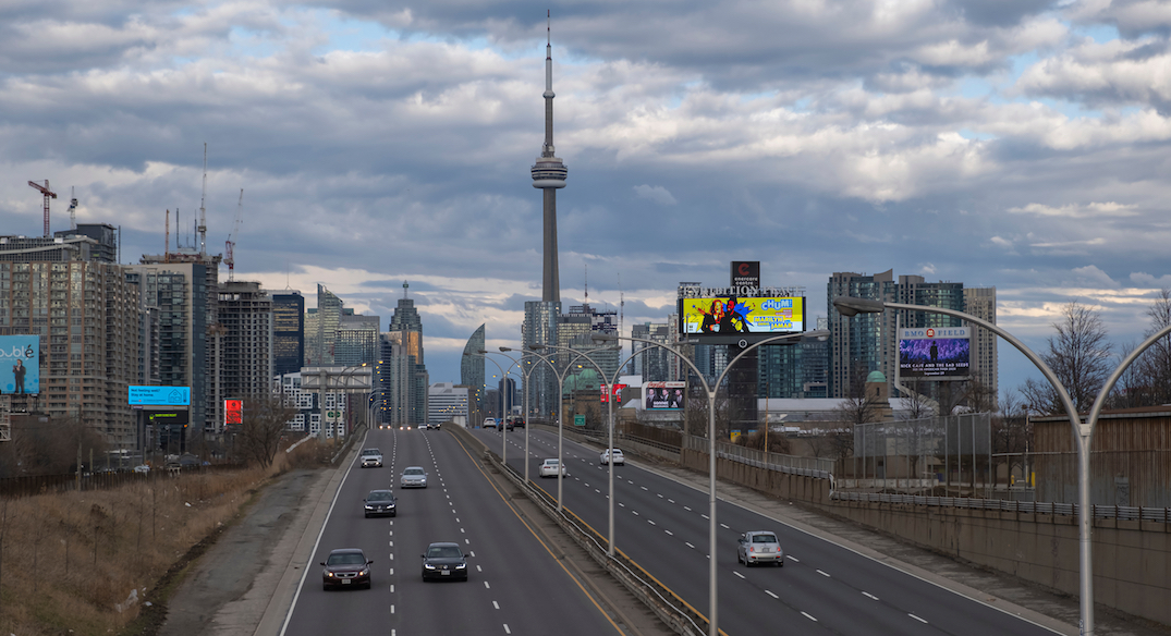 Traffic drops 63% in downtown Toronto after latest COVID-19 measures
