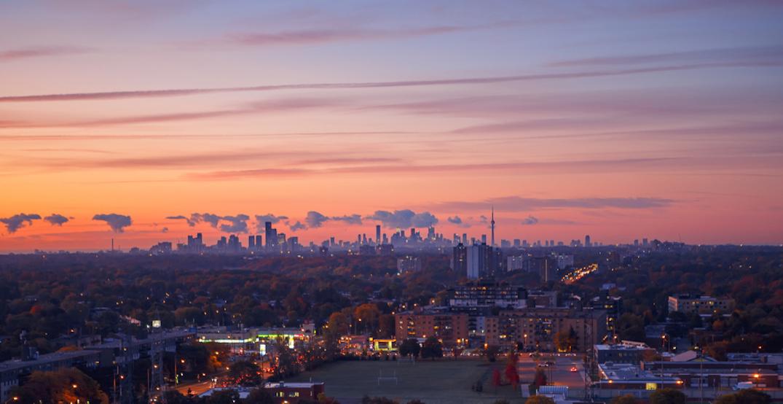 "Hot alert: Toronto ranks among Canada's ""sexiest"" cities"