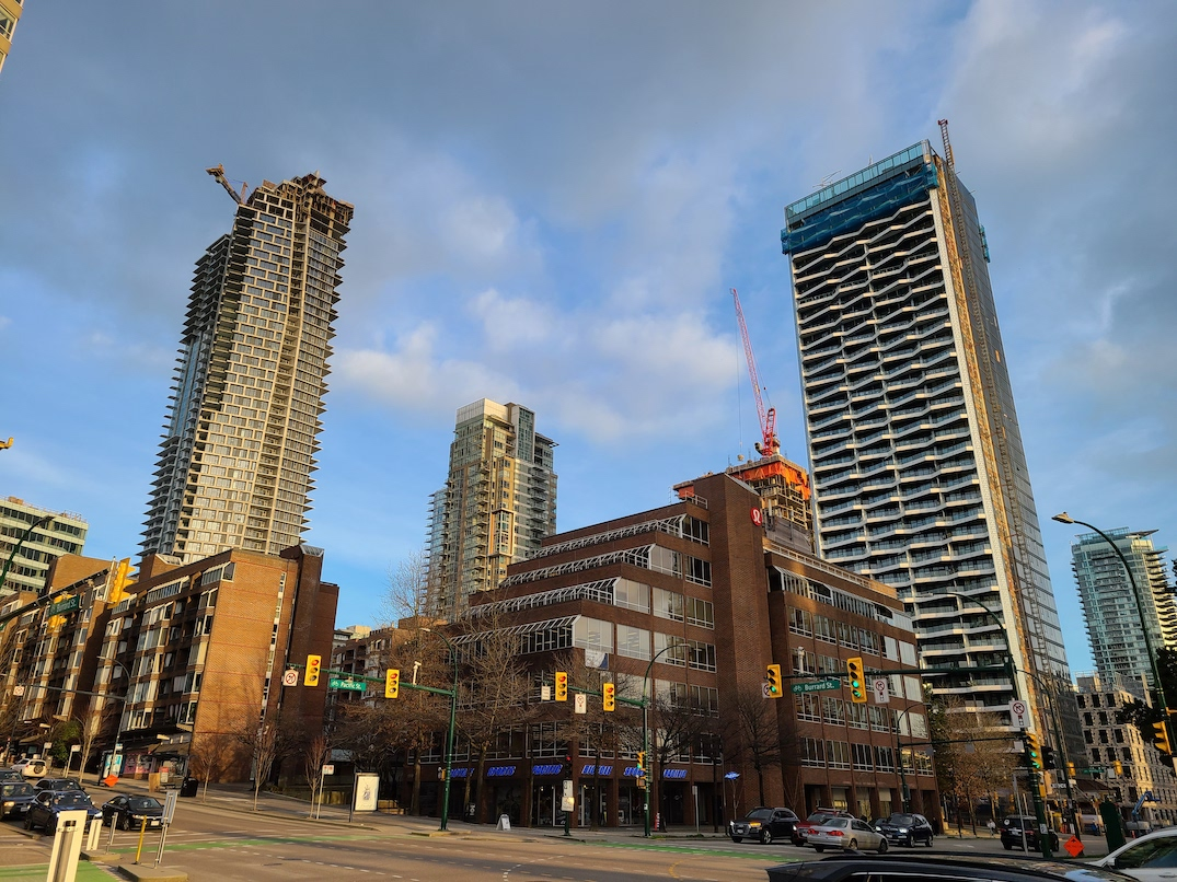 the pacific by the grosvenor vancouver construction