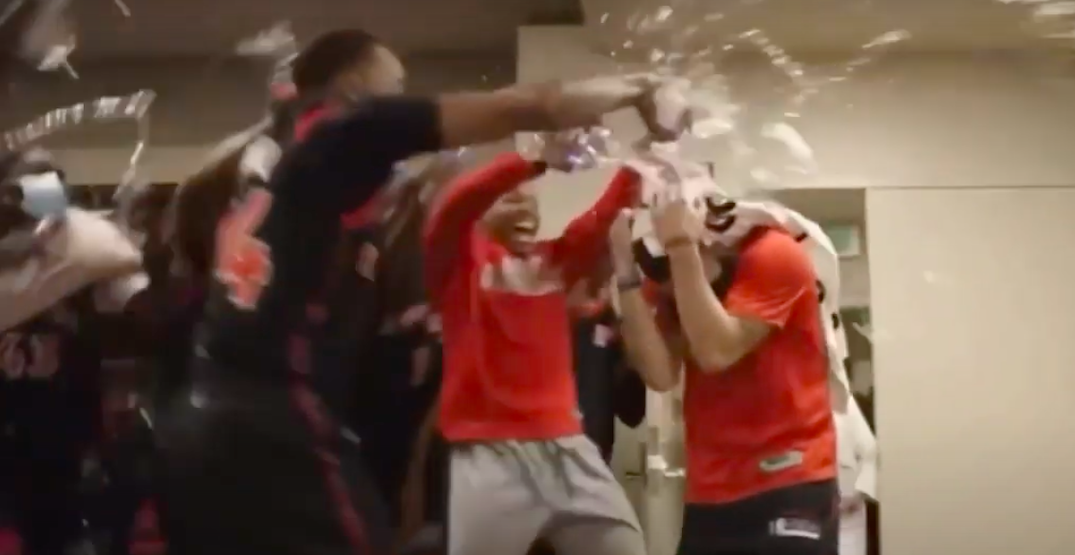 Raptors players mob Fred VanVleet after record-setting night (VIDEO)