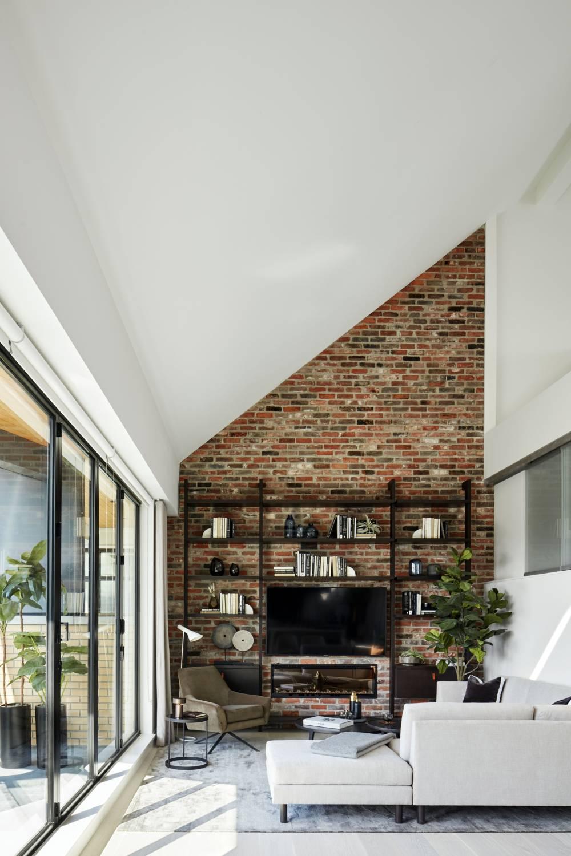 Aragon Light House Living Room (1)