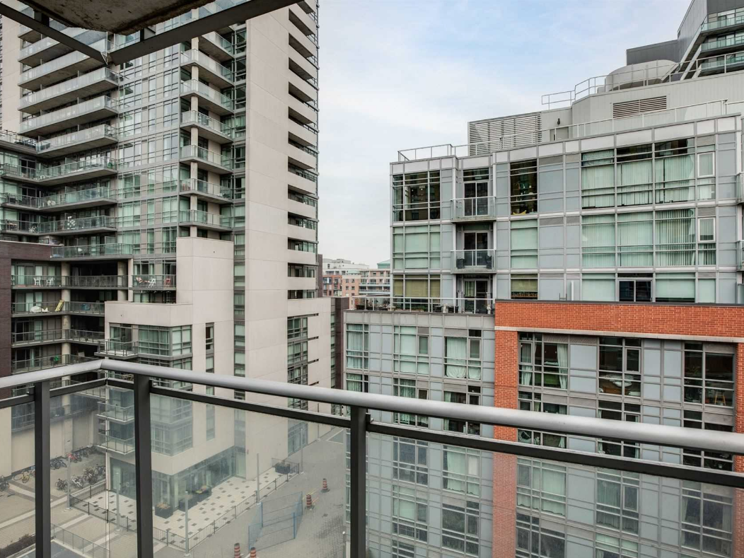 This One Bedroom Liberty Village Condo Is Listed For Under 390 000 Urbanized