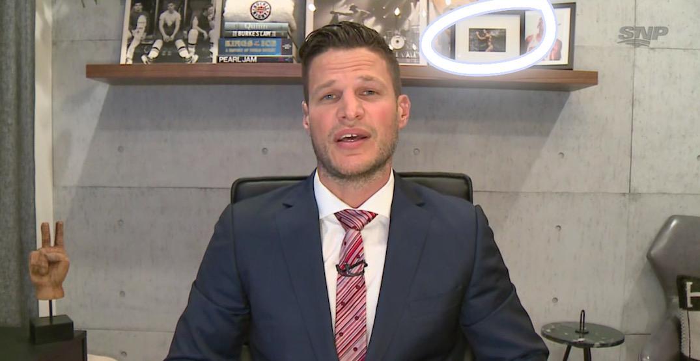 Bieksa sneaks framed naked Kesler photo onto Hockey Night in Canada