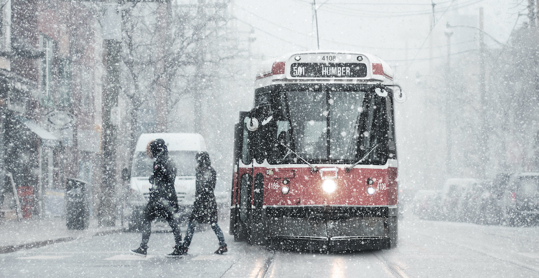 Double storms forecasting up to 25 cm of snow for Toronto
