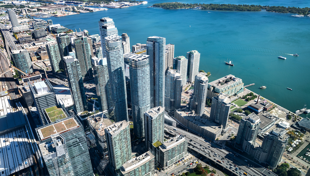 New vacant home tax has 40% of Toronto condo investors wanting to sell