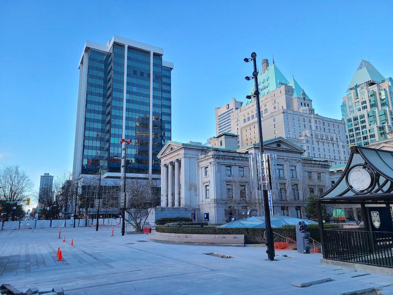 800 robson plaza construction