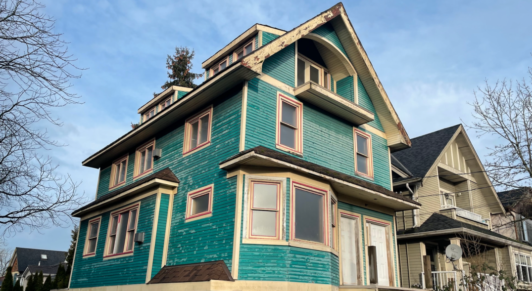 Vancouver heritage home empty since 1991 murder listed for $1.4M (VIDEO)