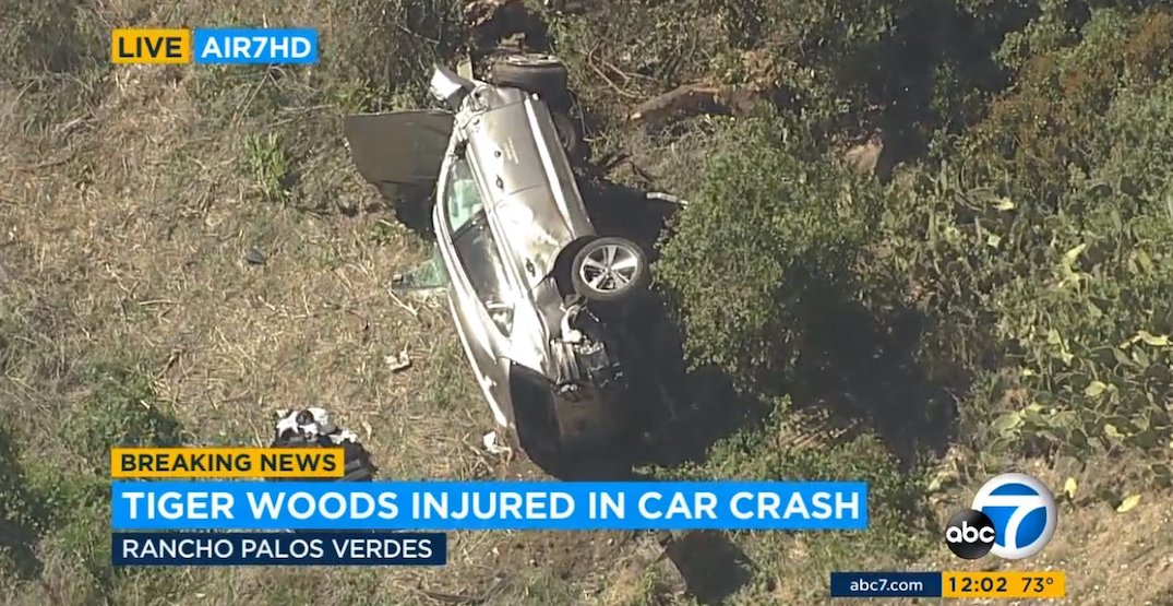 News helicopters show extent of damage to Tiger Woods' vehicle