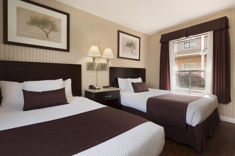 2075 kingsway vancouver days inn hotel