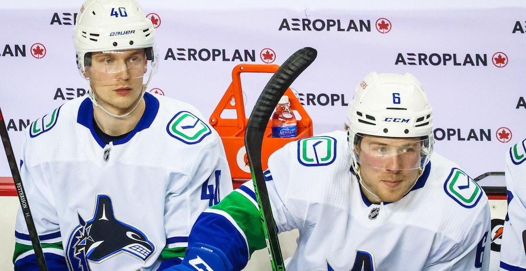 """Canucks' Pettersson out """"at least another week"""" with possible wrist injury"""