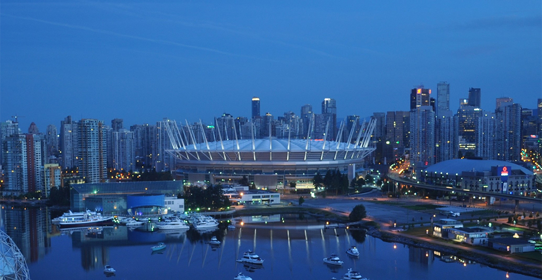 Vancouver landmarks dim the lights for National Day of Observance for COVID-19