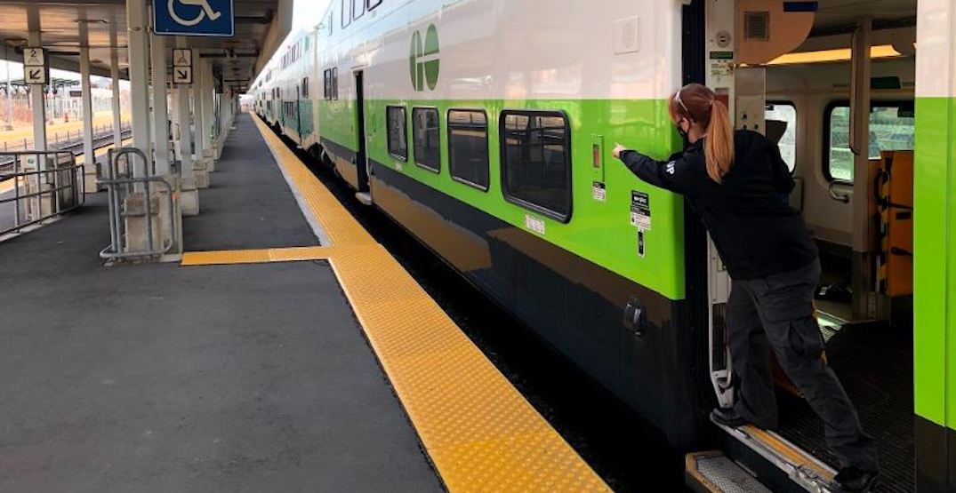 """GO Train now using Japanese """"point and call"""" method to improve safety"""
