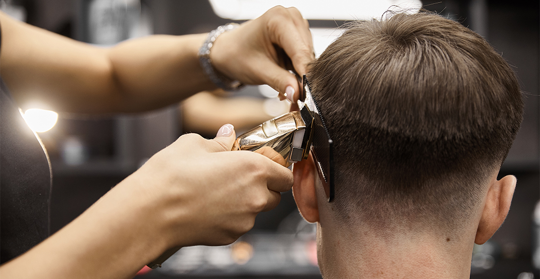 Rise of underground barbers in Toronto concerns health officials, hairstylists
