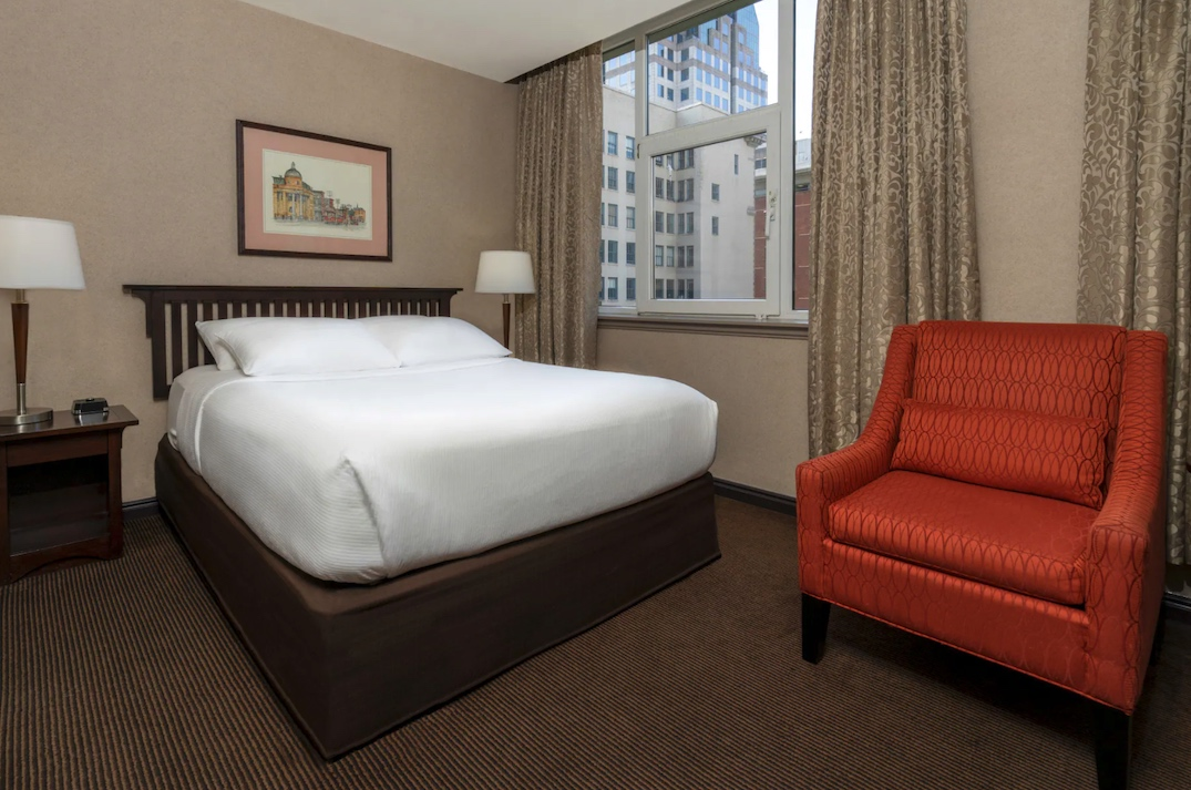 Ramada Limited Vancouver Downtown Hotel 435 West Pender Street