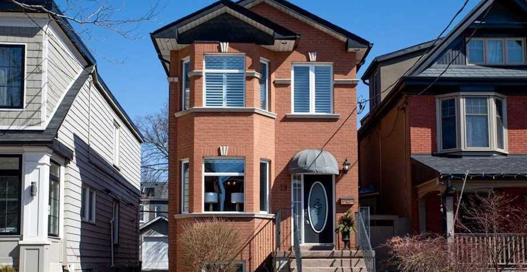 This Toronto house just sold for $703,000 over asking (PHOTOS)