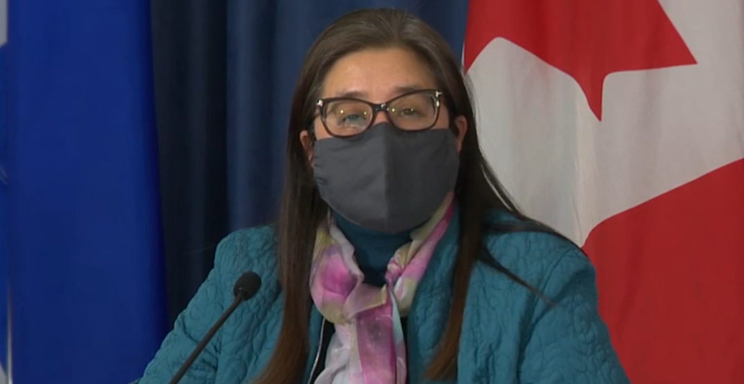 Toronto's top doctor recommending to continue face mask bylaw