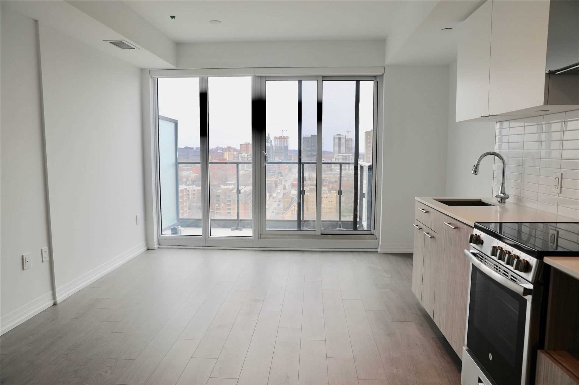 toronto apartment rental