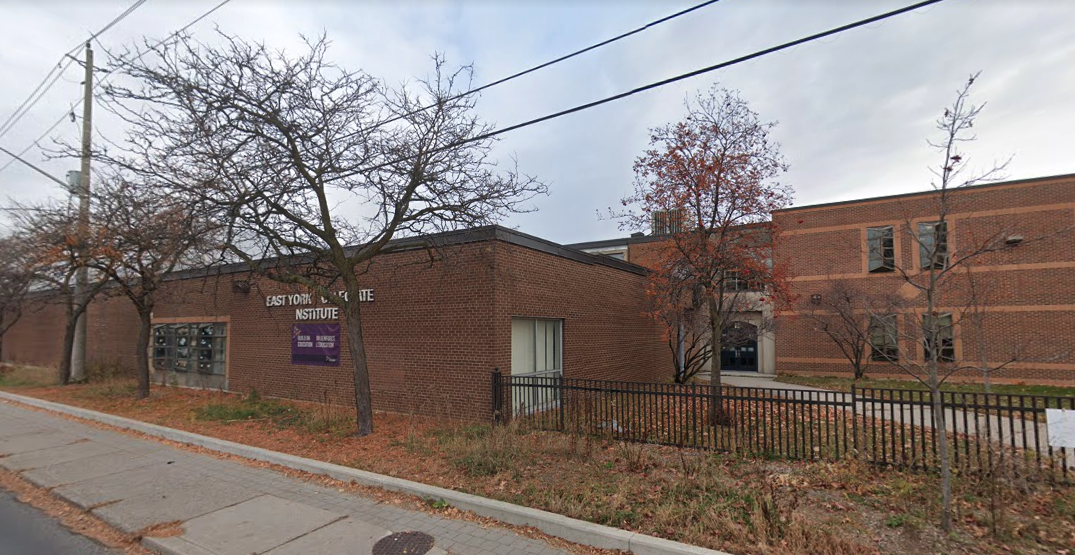 More than 20 Toronto schools dismissed due to COVID-19 outbreaks