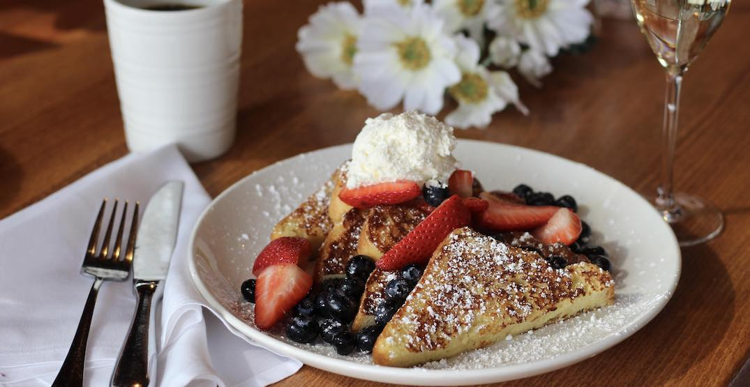Here are all of the best Mother's Day restaurant deals in Seattle