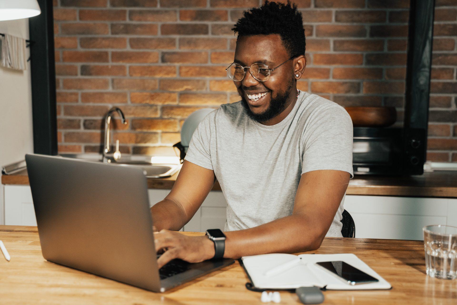 Digital marketing academy offering scholarships for spring semester