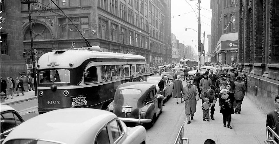 20 vintage photos of what Toronto looked like in the 1950s